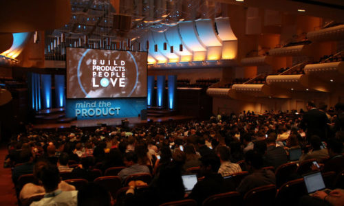 What are the most popular promotional items at conferences? - Header Image